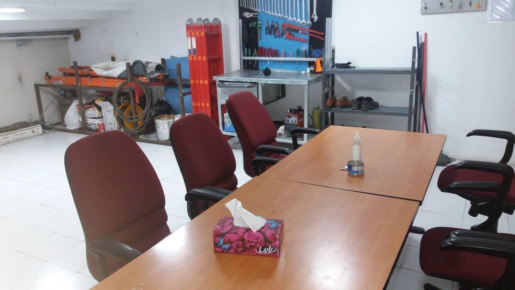 اتاق نیروهای مقیم نگهداری تاسیسات در هایپر استار شرق
